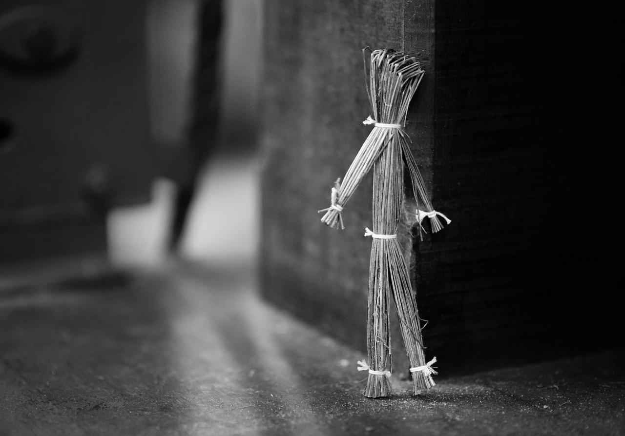 藁人形の効果